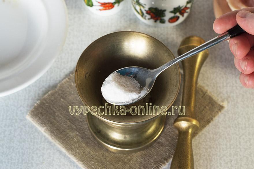 Рулет из куриного филе в духовке
