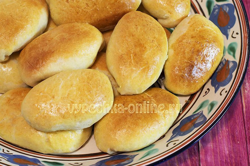 Дрожжевые пирожки с картошкой в духовке