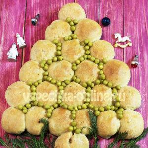 Пирог в виде елки