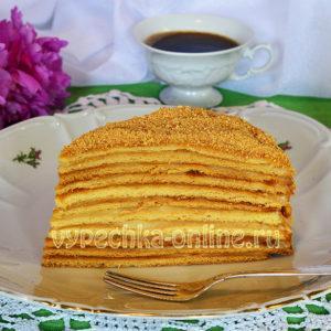 Классический медовый торт с заварным кремом