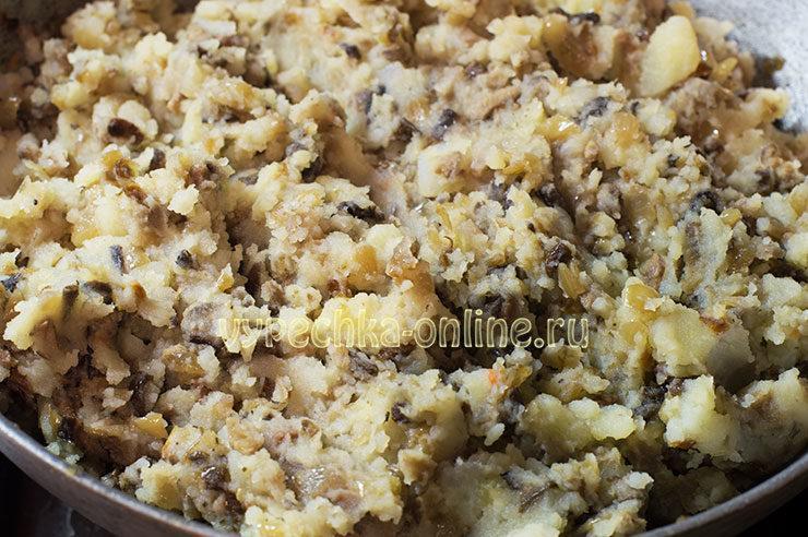 Постные вареники с картошкой и грибами