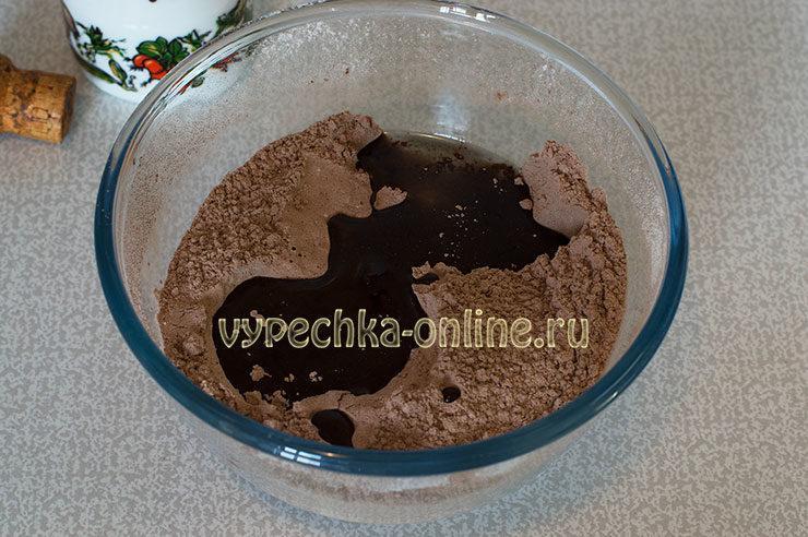 Tresnutoe shokoladnoe pechen'ye Shag 4