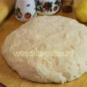 Постное дрожжевое тесто для пирожков в духовке с сухими дрожжами