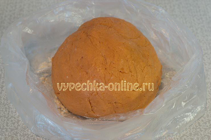 Тесто для печенья с томатной пастой