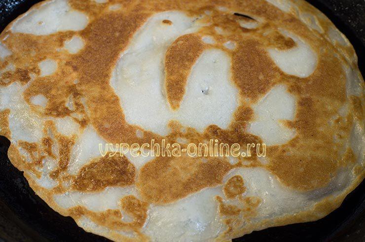 Тонкие блинчики на кислом молоке рецепт с фото