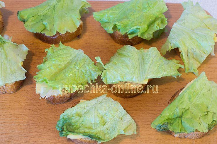 горячие бутерброды с колбасой и сыром на сковороде рецепты с фото