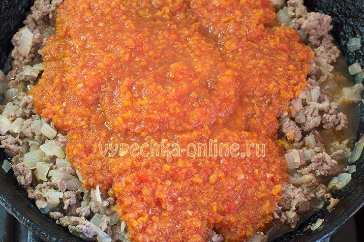 лазанья с мясным фаршем и соусом бешамель