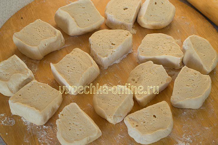 вкусные сдобные булочки в духовке из дрожжевого теста