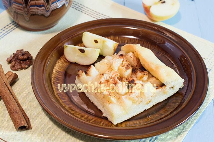 открытый пирог с яблоками