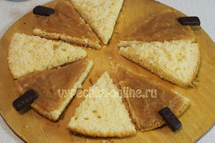 Бисквитное пирожное Елочка