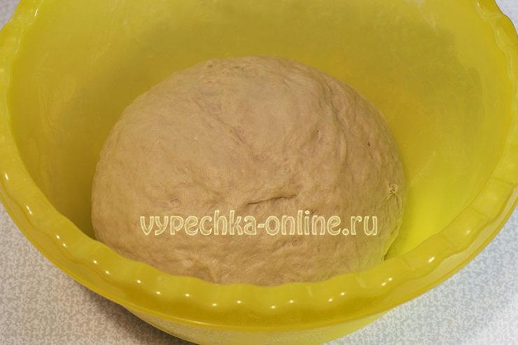 Дрожжевое тесто на сметане для пирожков