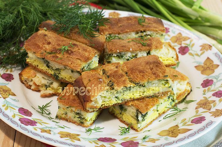 Бездрожжевой пирог с зеленым луком и яйцом