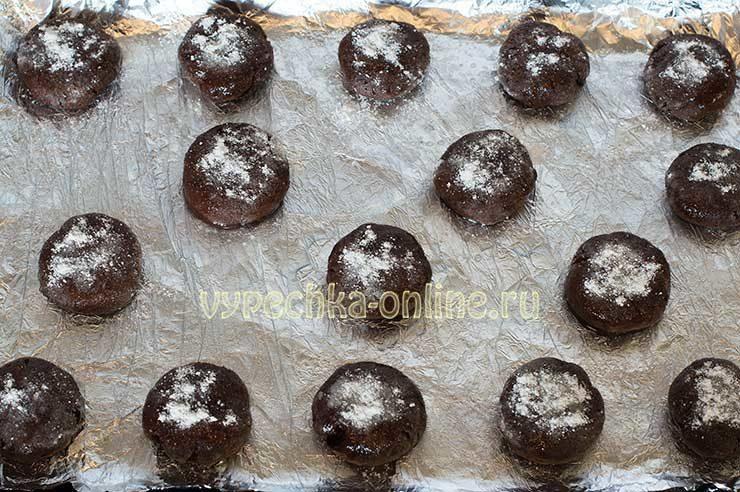 Tresnutoe shokoladnoe pechen'ye Shag 9