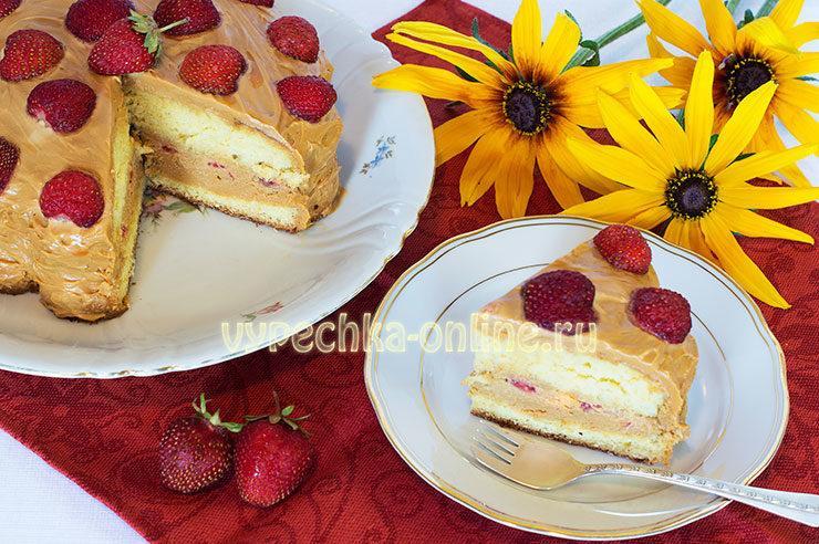 Торт без мастики с ягодами