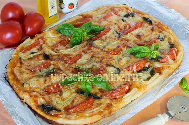 Пицца с болгарским перцем и помидорами