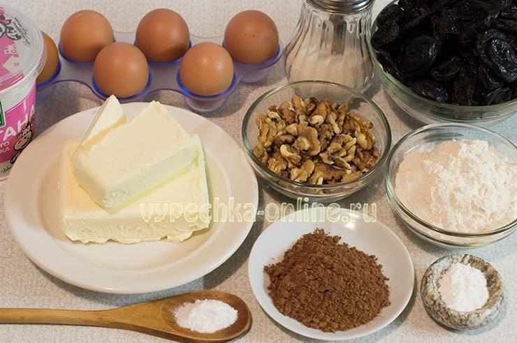Торт праздничный с черносливом и орехами Ингредиенты