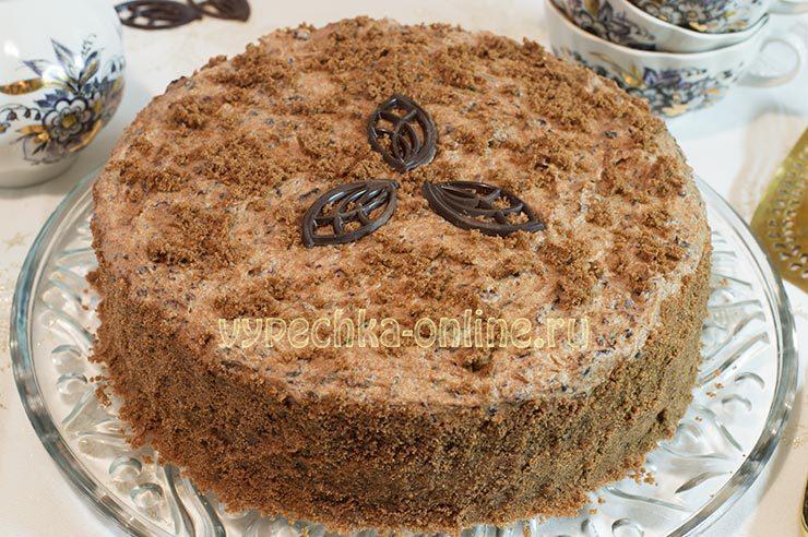 Торт с черносливом и грецкими орехами