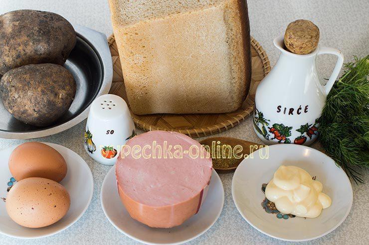 горячие бутерброды с колбасой на сковороде