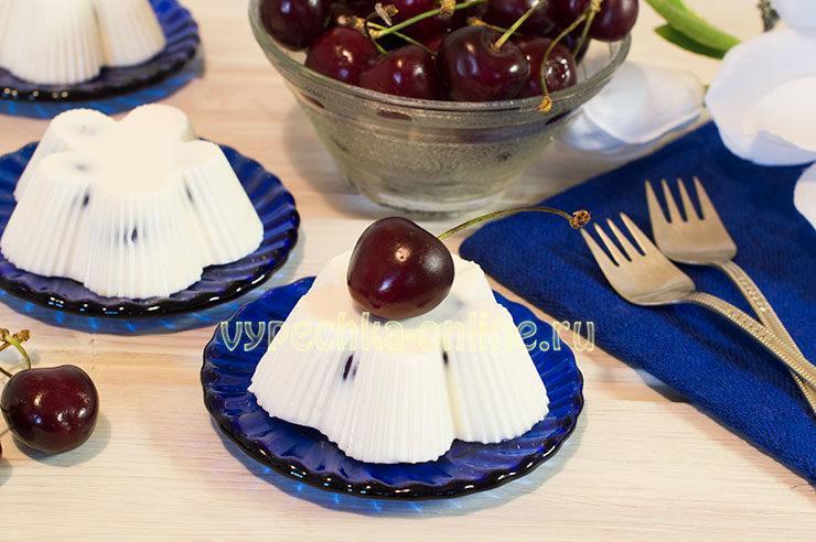 десерт из черешни