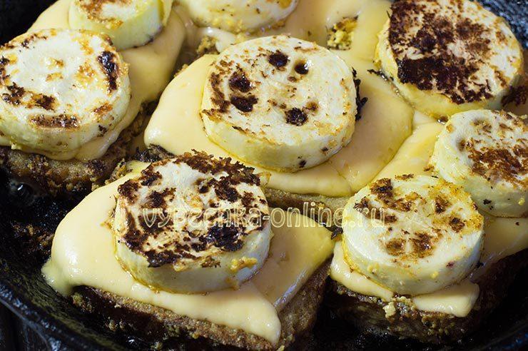жареные кабачки с сыром