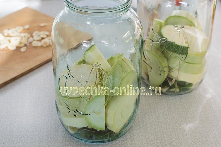 Огурцы с кабачками маринованные на зиму без стерилизации