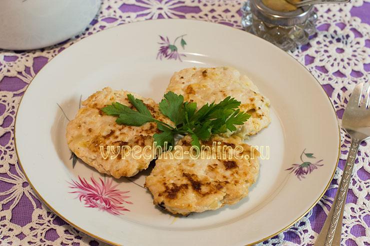 Котлеты из куриного фарша рецепт с фото пошагово на сковороде