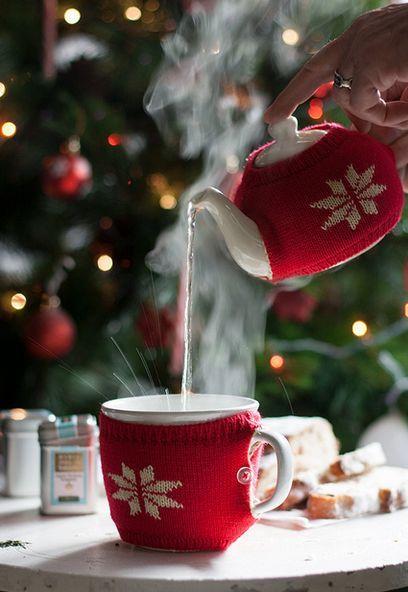 Горячий чай зимой уютная картинка