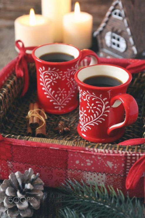 Чёрный кофе с корицей