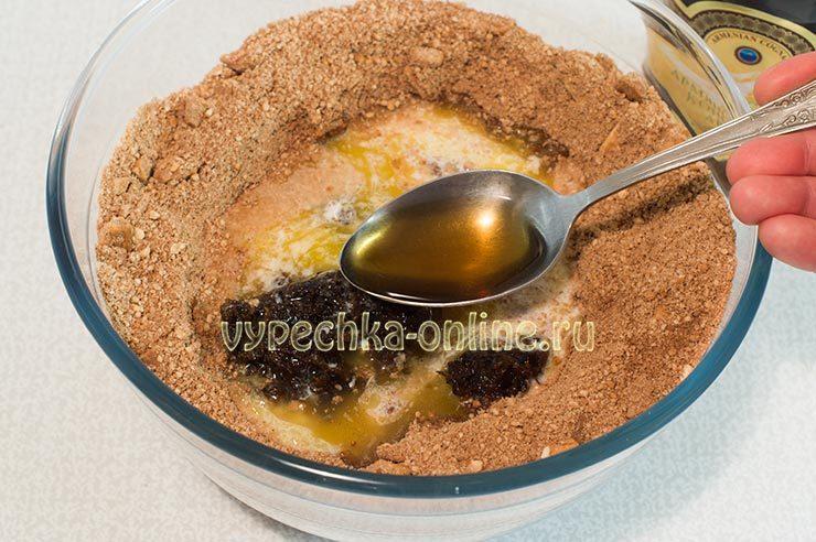 Как приготовить сладкую колбаску из печенья