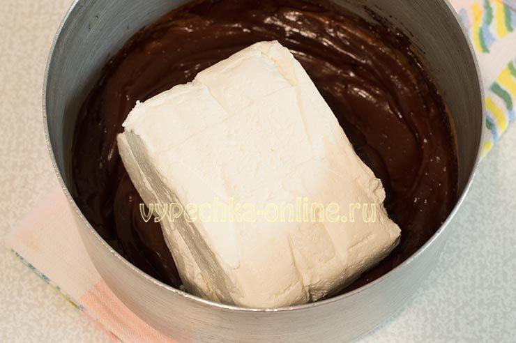 Шоколадный крем с творогом