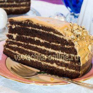 Бисквитный торт с кремом из двух видов сгущёнки