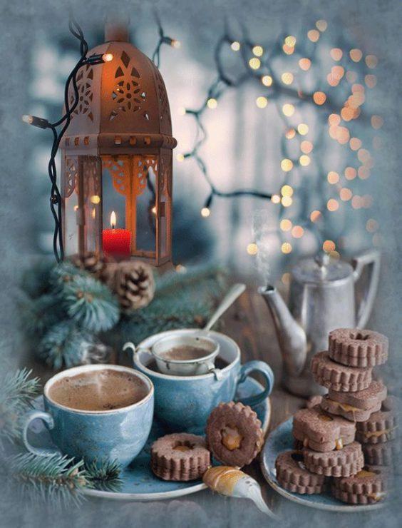 Кофе с вкусняшками красивое фото