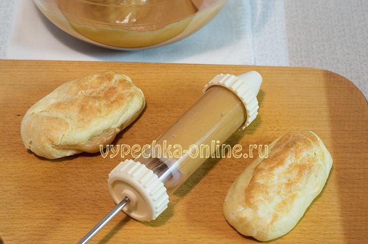 Заварное пирожное с вареной сгущенкой