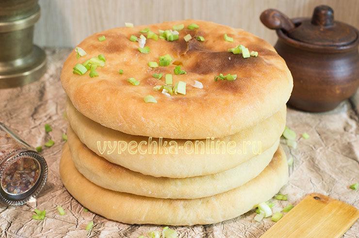 Как приготовить хачапури с сыром в домашних условиях из дрожжевого теста в духовке: рецепт с фото