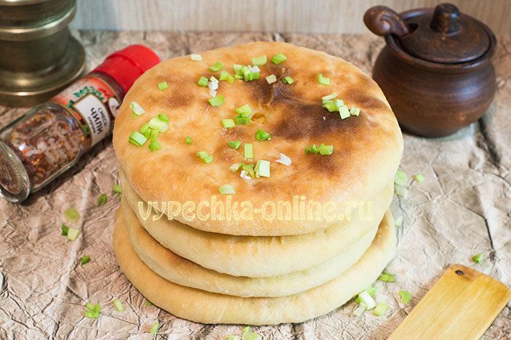 Хачапури из дрожжевого теста с сыром в духовке рецепт с фото