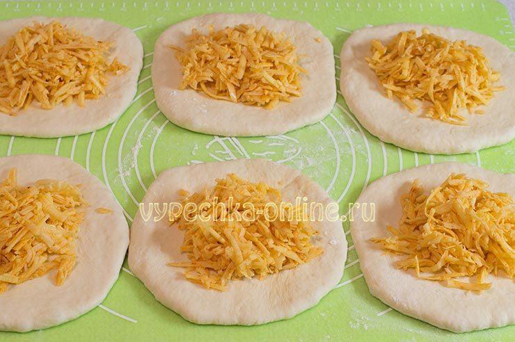 Как приготовить хачапури с сыром в домашних условиях