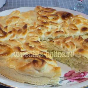 Пирог с сырой картошкой и сыром