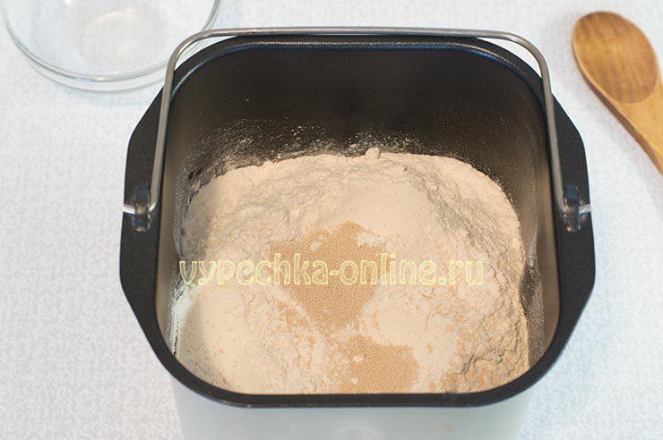 Дрожжевой хлеб в хлебопечке