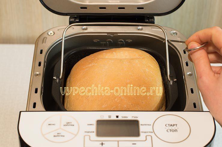 Белый хлеб в хлебопечке простой и вкусный рецепт