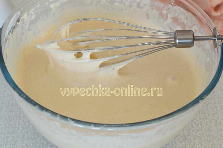 Тесто на дрожжевые оладьи на молоке
