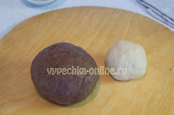 Шоколадное и белое песочное тесто