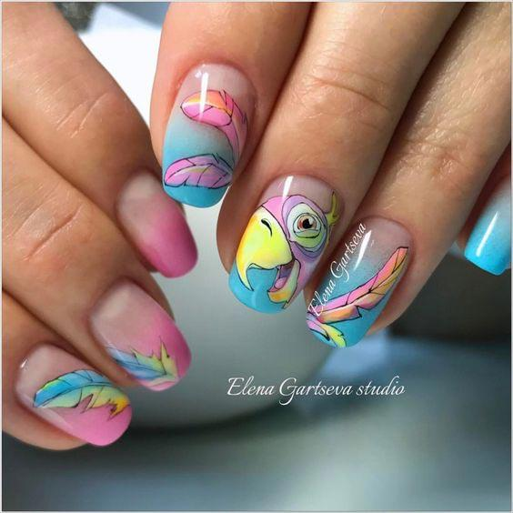 Весенний маникюр попугай