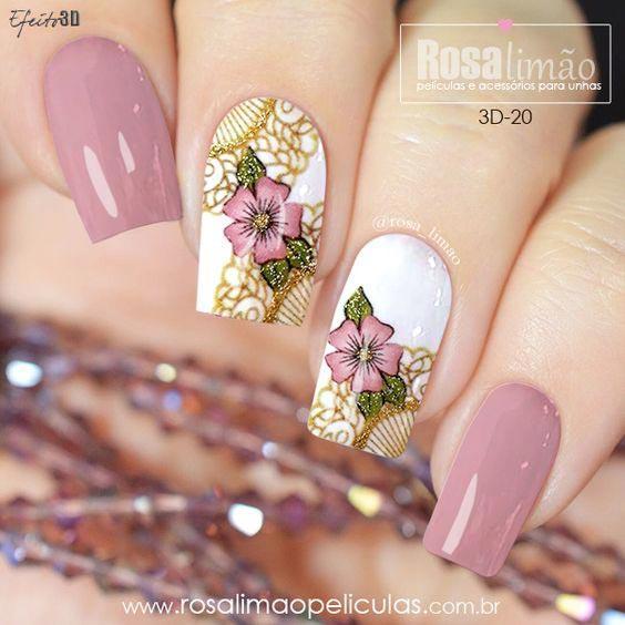 Маникюр с цветами розовый