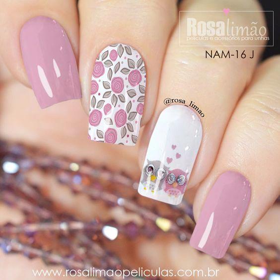 Ногти с розовым лаком