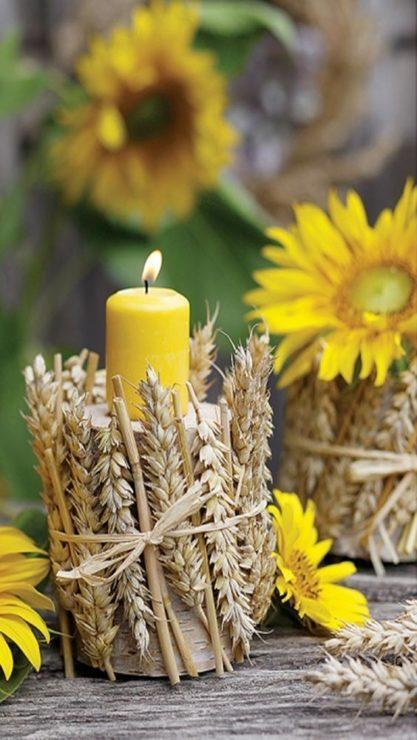 Свеча, цветы