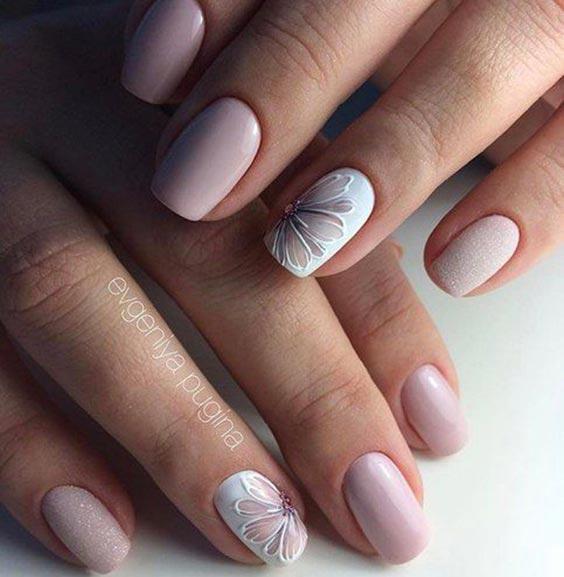 Ногти в пастельных тонах