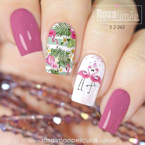 Маникюр розовый фламинго