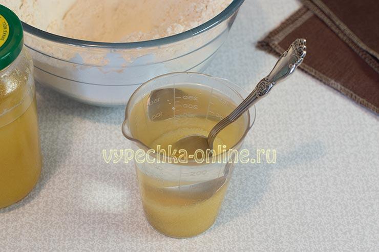Мёд, вода