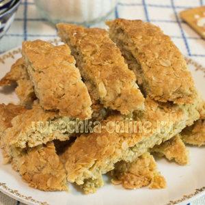 Овсяное печенье из овсяных хлопьев в домашних условиях очень вкусное: как приготовить, рецепт