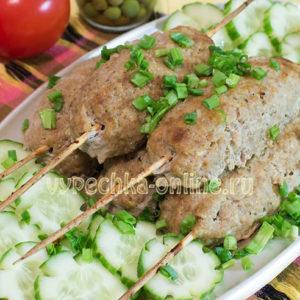 Люля-кебаб из свинины в домашних условиях в духовке